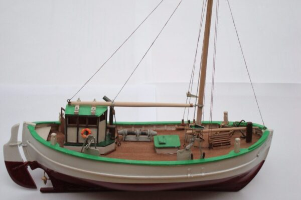 Turk Model 101 1/55 Svea Scandinavia- Fishing Boat Wooden Kit